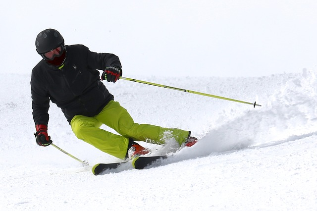 ski-2098120_640
